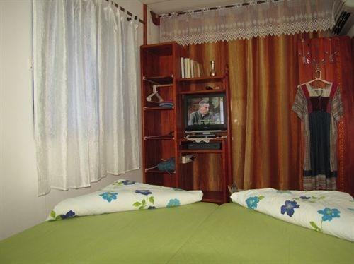 מראה חדר השינה בדוכיפת.